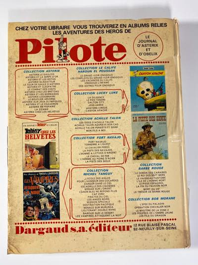 Pilote v53 back cover shows where it looks cleaner as the plastic peels off