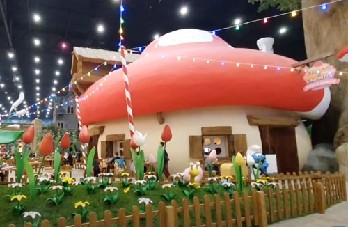Moscow's Dream Island features the cutest little mushroom houses